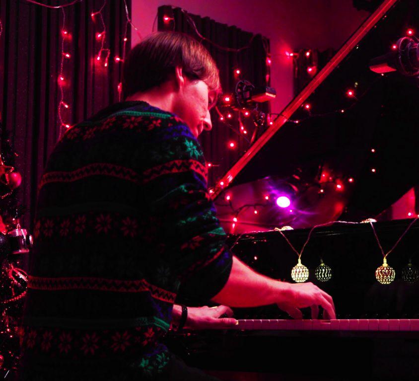Oliver Bowring – Hark! The Herald Angels Sing (Jazz Arrangement)